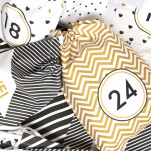 100133223 Adventkalender aus Stoff gold schwarz weiß wiederverwendbar
