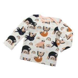 100098239 Shirt T-Shirt langarm mit Schlupfausschnitt bio organic Faultier Regenbogen peach rosa