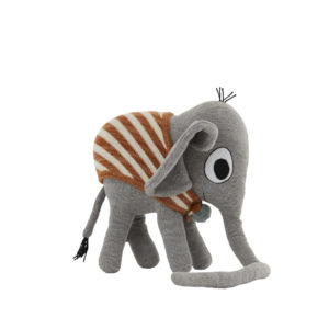 M107048 Elephant Henry 50184597517 O