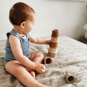 Leo Et Lea Cup Stacker Stapelturm Becher Silikon Shell Nude Baby Spielen